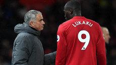 "MU phế Lukaku, Mourinho ""đấu đá"" Pep Guardiola"