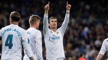 Ronaldo lập hat-trick, Real mở tiệc bàn thắng