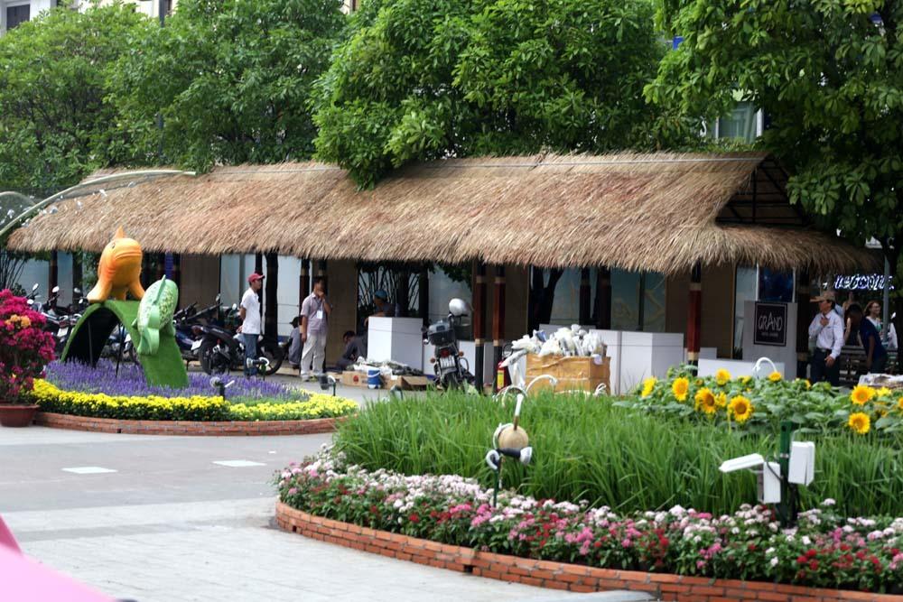 đường hoa Tết,đường hoa Nguyên Huệ,Tết Mậu Tuất 2018,Tết,Sài Gòn