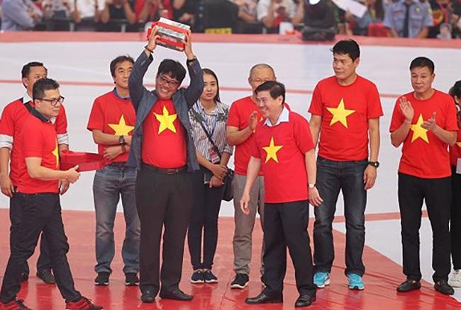 Thưởng Tết VĐV ViệtNam: Nhìn U23 Việt Nam mà thèm!