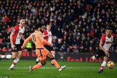 Salah lập công, Liverpool thổi lửa vào gáy MU