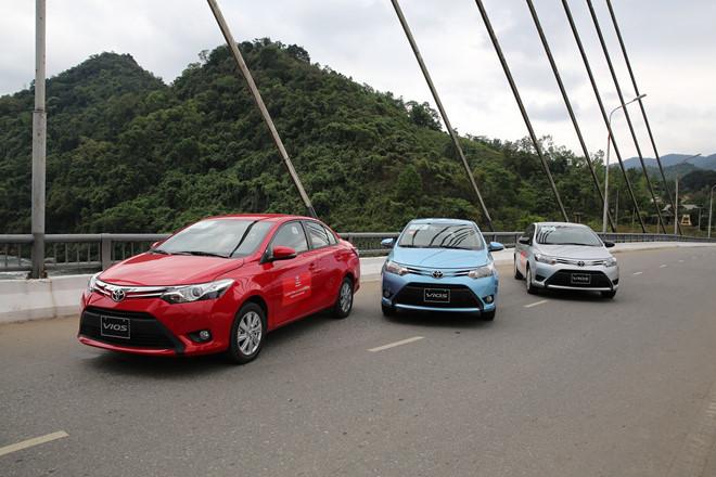 Ford Ranger,Honda CR-V,mua ô tô,giá ô tô