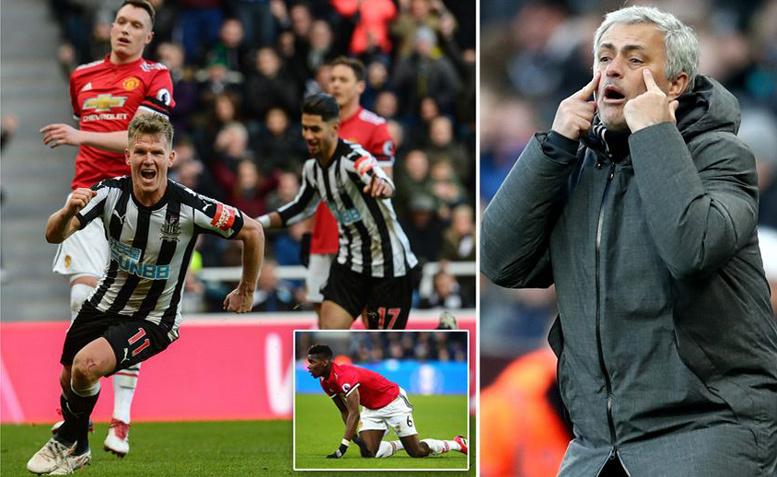 Mourinho giận sôi máu với hàng thủ 'mơ ngủ' của MU