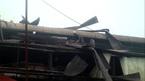 Hà Nội: Nổ lớn thổi bay nóc nhà sáng 27 Tết