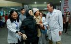 Cái nắm tay của Viện trưởng khiến bệnh nhân quên đau đớn
