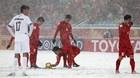 Khoảnh khắc muốn xem lại nhiều lần nhất của bóng đá Việt năm qua