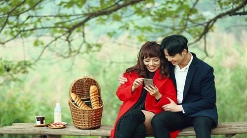 Chán rock, Thái Thuỳ Linh chuyển sang hát bolero - ảnh 2