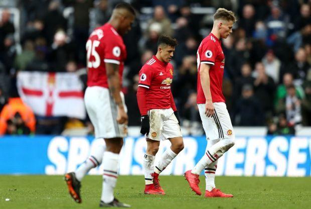 MU báo động đỏ, Conte dằn mặt sao Chelsea
