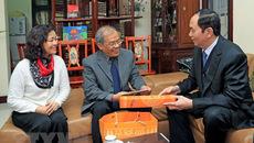 Chủ tịch nước thăm, chúc Tết các trí thức tiêu biểu