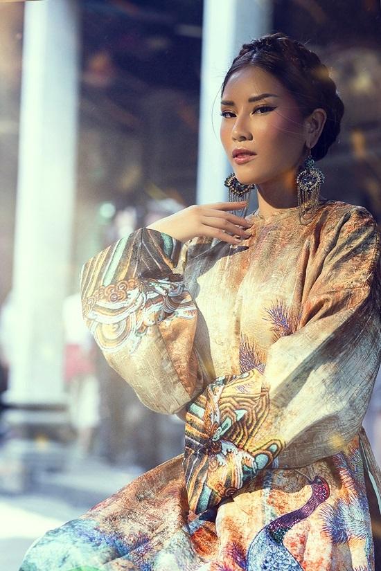 Quà đặc biệt Nguyễn Thị Loan tặng người hâm mộ