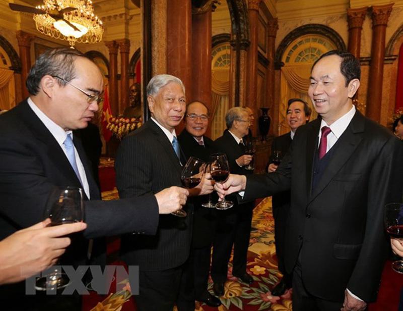 Tổng bí thư chúc Tết lãnh đạo Đảng, Nhà nước và toàn thể đồng bào