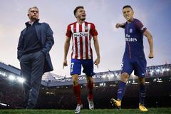 """Quỷ đỏ chào Xuân: Mourinho kết """"sao"""" tuổi Tuất"""