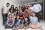 """Cách gia đình 4 thế hệ người Singapore giữ """"hồn Tết"""""""