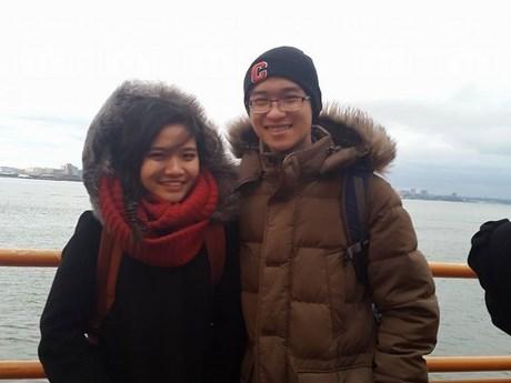 Chàng trai 24 tuổi lan toả 'tình yêu kiến thức'