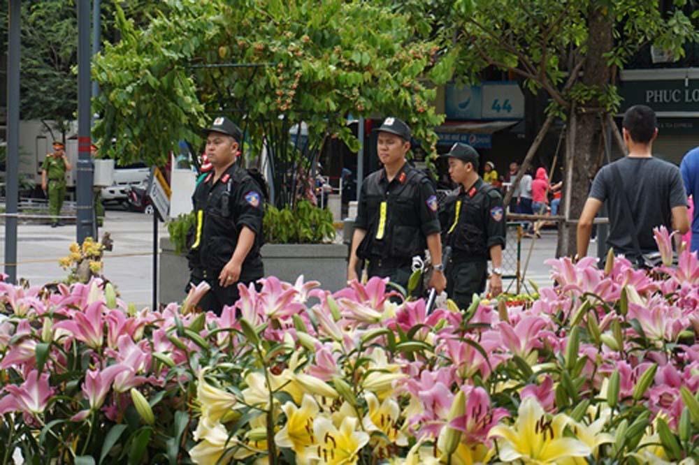 đường hoa Nguyễn Huệ,đường hoa Tết,Sài Gòn,Tết Mậu Tuất 2018
