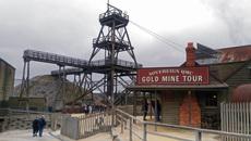 Khám phá thị trấn đào vàng nổi tiếng nước Úc0
