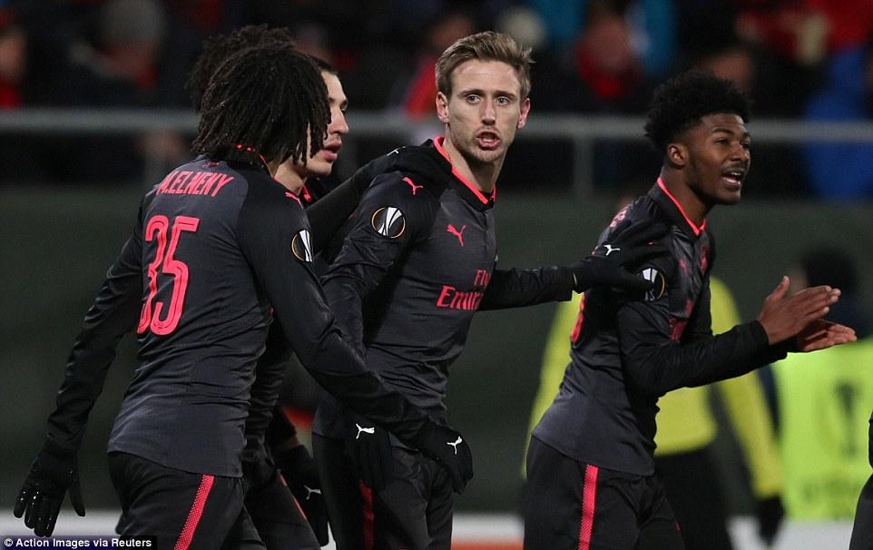 Arsenal đặt một chân vào vòng 1/8 Europa League