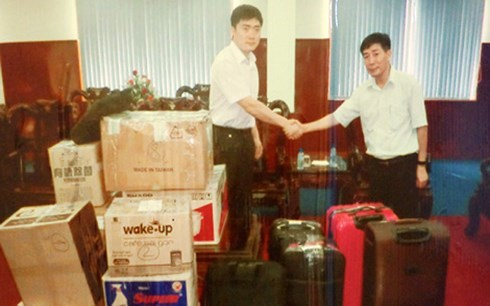 Đột kích biệt thự, bắt nóng nhóm tội phạm công nghệ cao người Trung Quốc