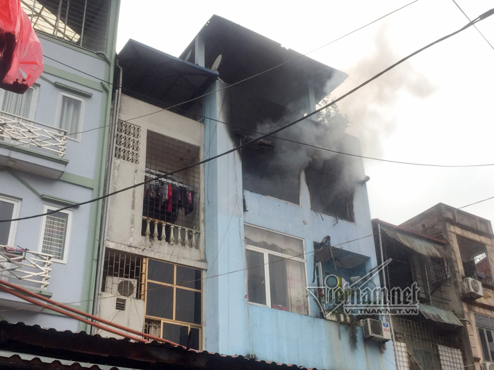 Hà Nội: Cháy nhà trong chợ Ngô Sĩ Liên