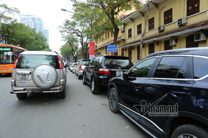 Phủ Tây Hồ,tắc đường,Tết Mậu Tuất 2018,Tết Việt 2018