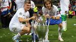 """MU """"hốt"""" cả Modric lẫn Kroos, Real chiêu dụ Harry Kane"""