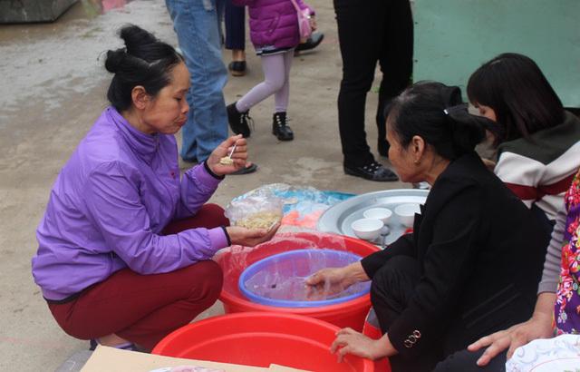 Chuyện lạ Hải Dương: Phiên chợ duy nhất trong năm không mặc cả
