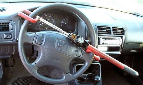 8 trang bị trên xe ô tô không mấy hữu dụng