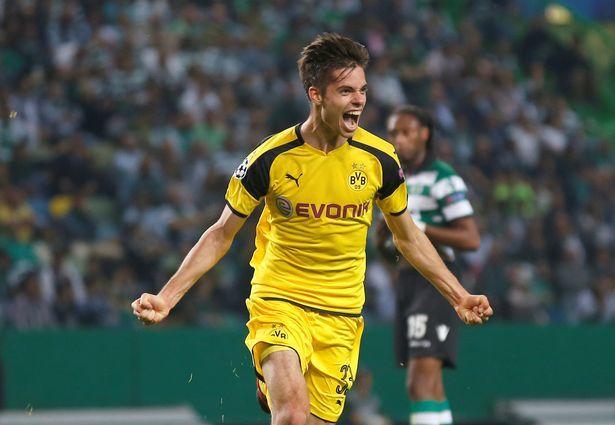 Real tống khứ Bale lấy Hazard, MU mất hậu vệ 'cứng'