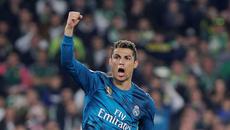 """Real Madrid thắng siêu kịch tính trong """"cơn mưa gôn"""""""