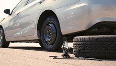 10 bước thay lốp ô tô nhanh, hiệu quả dịp tết