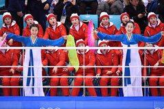"""Những """"đội quân sắc đẹp"""" thiêu đốt khán đài Olympic Mùa đông 2018"""