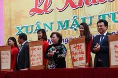 Hà Nội khai bút đầu xuân Mậu Tuất với 6 thông điệp