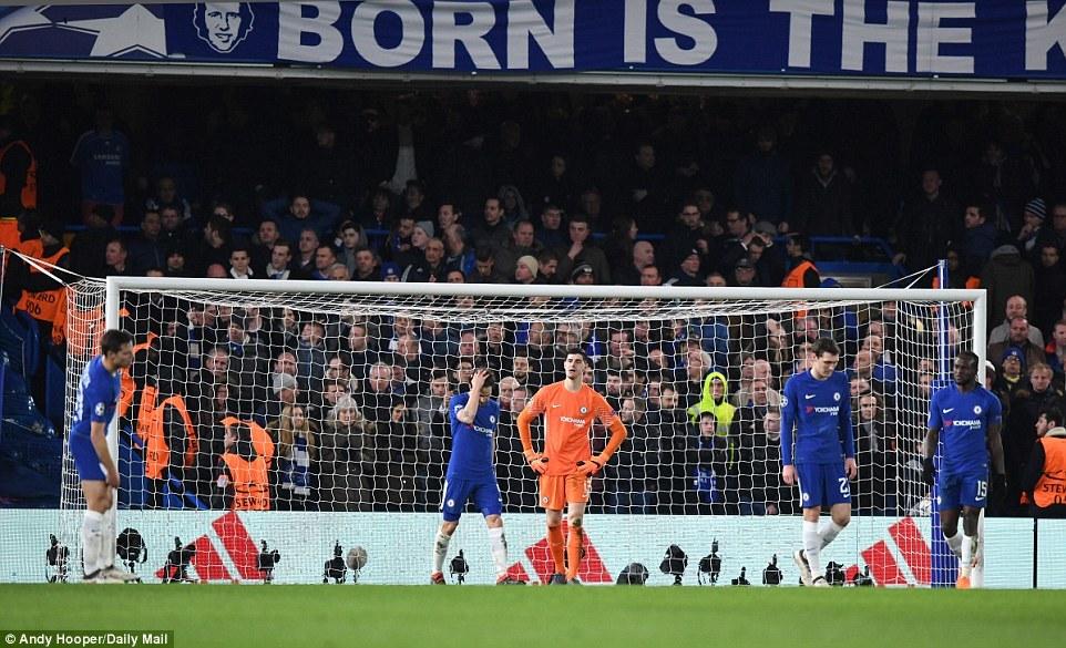 Messi lóe sáng, Barca giành lợi thế trước Chelsea