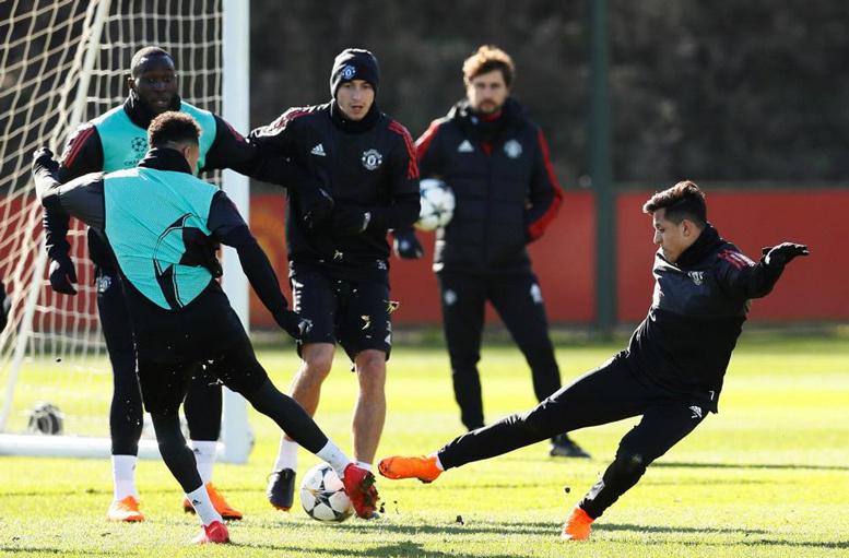 MU,Sevilla,Vòng 1/8 Champions League,Pogba,Mourinho