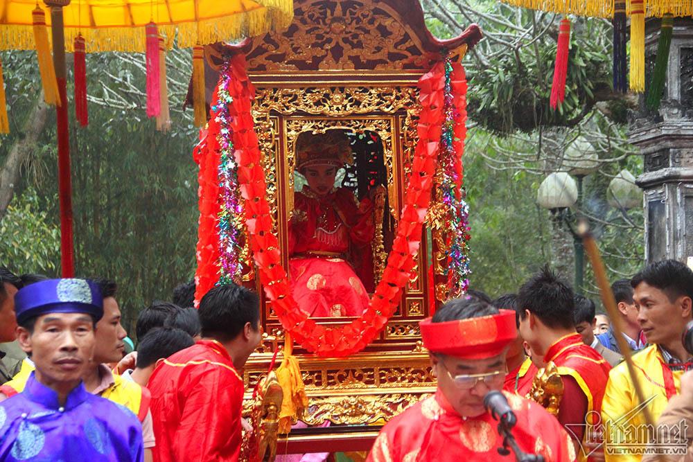 đền Gióng,cướp lộc,Hà Nội