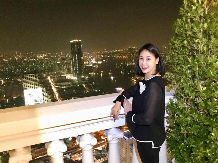 Hà Kiều Anh -  Hoa hậu 3 con, U50 vẫn đẹp quên tuổi