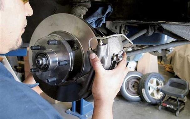4 lưu ý khi kiểm tra bảo dưỡng hệ thống phanh xe ô tô