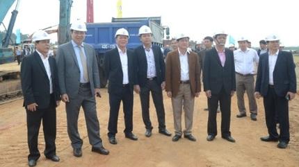 Chủ tịch Huỳnh Đức Thơ: 'Đà Nẵng rất đau đầu với khu vực ven biển'