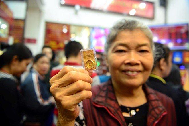 Đón vía Thần tài: Giá vàng tăng vọt, đắt thêm triệu đồng/lượng