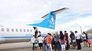 Hành khách mở cửa thoát hiểm, chuyến bay kế tiếp chậm hơn 6 tiếng