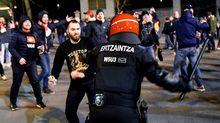 Hỗn chiến CĐV Bilbao vs Spartak, một cảnh sát thiệt mạng
