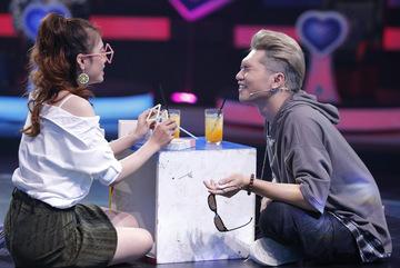 Dùng nhiều chiêu trò, 'bản sao Hà Hồ' vẫn bị Bảo Kun từ chối hẹn hò