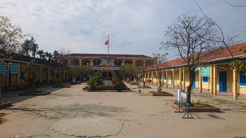 Ban giám hiệu bị khiển trách vì cho học sinh nghỉ Tết thêm 2 ngày