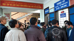 Hết Tết, người ở Nghệ An đổ xô làm hộ chiếu