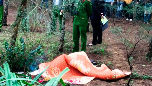 Phát hiện thi thể người Hàn Quốc tại bãi phi lao ven biển