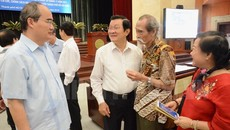 Nhiều nguyên lãnh đạo cấp cao dự hội nghị cán bộ ở TP.HCM