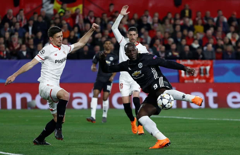 MU đấu Chelsea: Quỷ đỏ là con tin của Mourinho