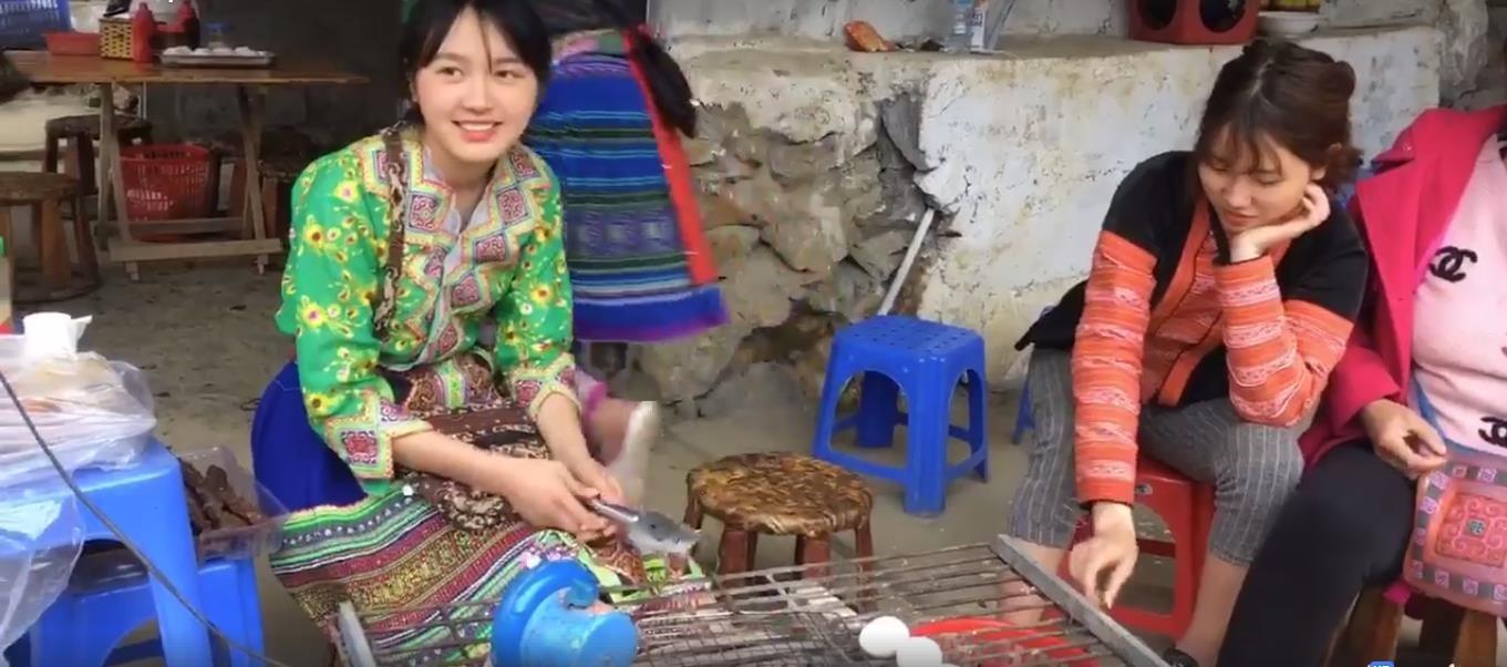 Thiếu nữ Sa Pa xinh đẹp bán cơm lam khiến dân mạng 'phát cuồng'