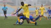 SLNA 0-0 Quảng Nam: Thế trận đôi công (H1)