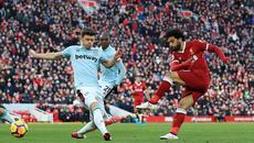 Đè bẹp West Ham, Liverpool vượt mặt MU